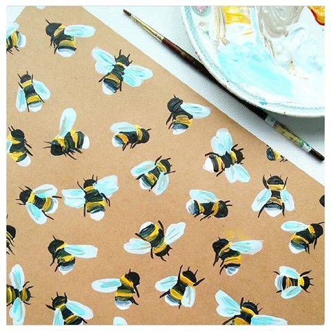 Change of pace today, painting a bee pattern! Acrylics on Kraft paper.  #surfacepattern #bees #paintedbees #paintedpattern #illustratedbees #pattern #acrylicpaint #bumblebees #illustration
