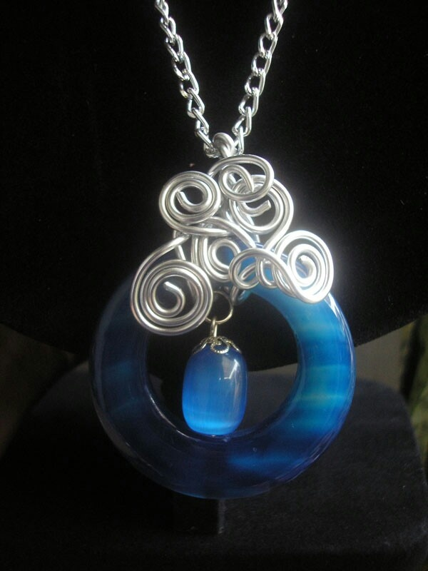 Blue Stone Wired Necklace