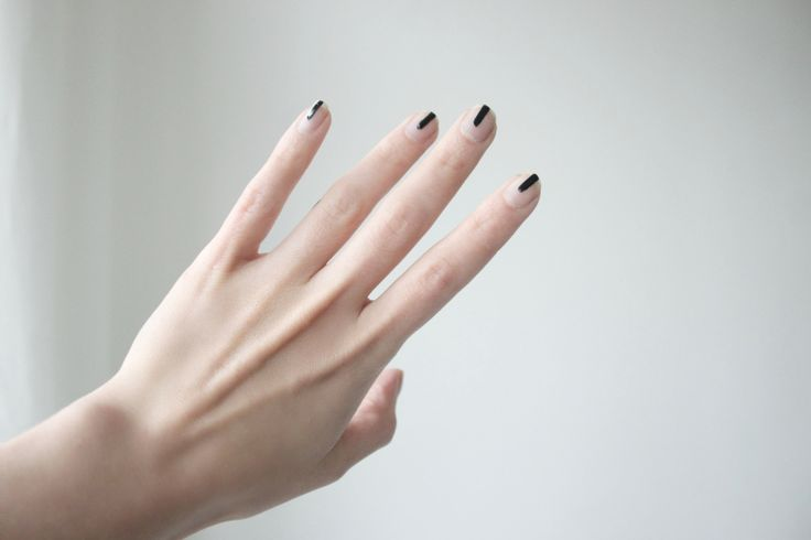 black lines on nude nails