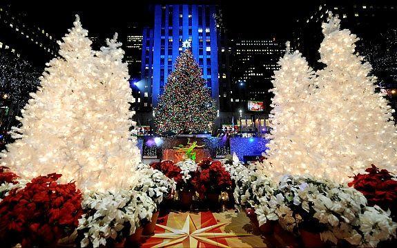 rockefeller new york city   Rockefeller's grand ole tree lights up New York City with celeb ...