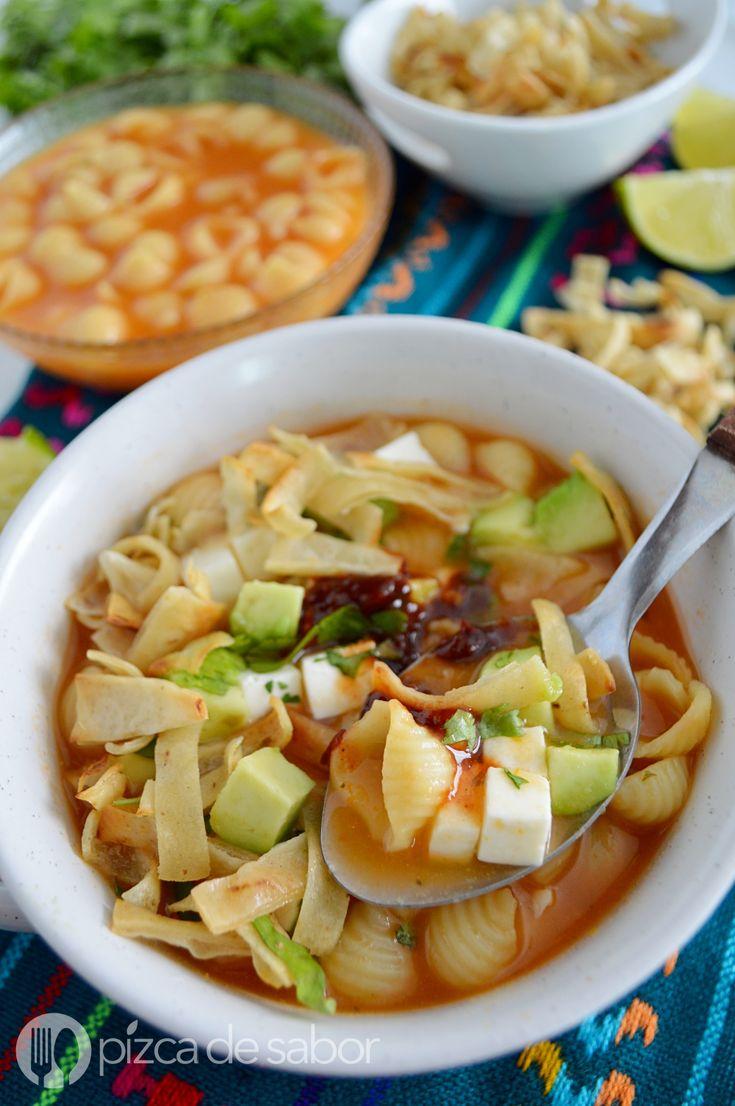 Sopa aguada con queso panela www.pizcadesabor.com