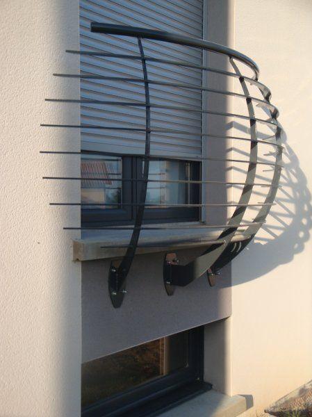 Garde corps en métal design   Garde corps pour escalier métallique