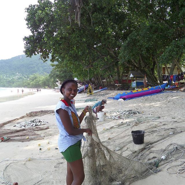 Stuff to do while is Seychelles: Help the Fishermen free the fish from the fish nets :-) #Seychelles #travel #Wangechigitahitravels #africa #exposingbeautifulAfrica #holidayfun #beach #travel #travels #travelblogger by @wangechigitahitravels.  #pic #picture #photos #photograph #foto #instaphoto #pictures #fotografia #color #capture #camera #moment #insta #pics #snapshot #사진 #all_shots #写真 #composition #фото #nice #good #day #lovely #perfect #passportready #getaway #instavacation…