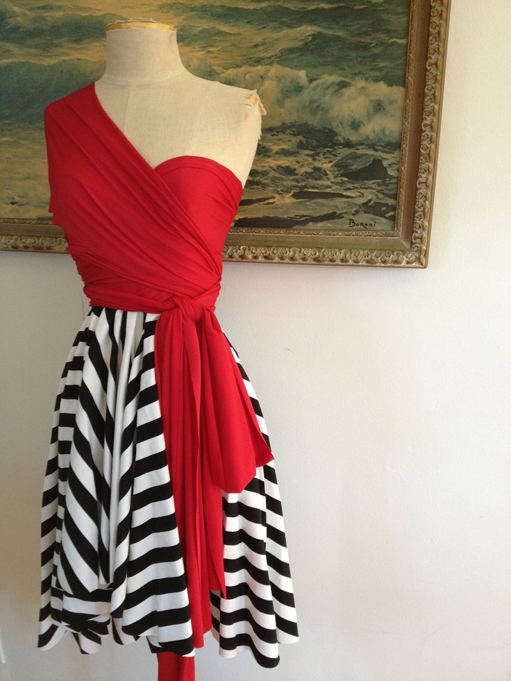 This dress is fantastic! I can think of so many ways to accessorize it.