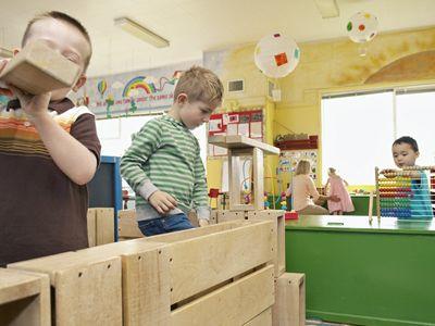El método Waldorf es uno de los sistemas educativos alternativos más conocidos. iniciada por el filósofo alemán Rudolf Steiner, busca el desarrollo de cada niño