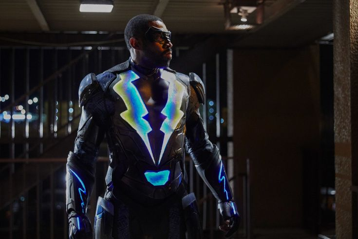 Why Did Black Lightning Retire? The Comics Tell A Different Story Than The CW Series  ||  Why Did Black Lightning Retire? The Comics Tell A Different Story Than The CW Series Bob Mahoney/The CW Share  Shockwaves were sent across teevision screens when The CW's newest superhero series premiered on Jan. 16. Black Lightning (executive producer: Mara Brock Akil) follows a father named…