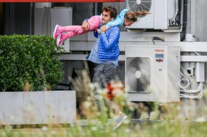 Roger Federer: ´A pleasure To Travel with My Children, it takes a lot of patience and energy´   http://www.tennisworldusa.org/Roger-Federer-A-pleasure-To-Travel-with-My-Children-it-takes-a-lot-of-patience-and-energy-articolo31165.html