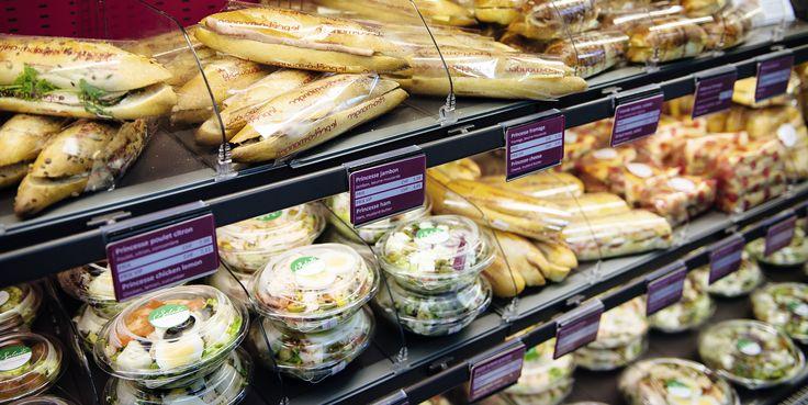 La guerre du pain. Les boulangers doivent désormais se diversifier pour rentabiliser leurs sites de production. © Guillaume Mégevand