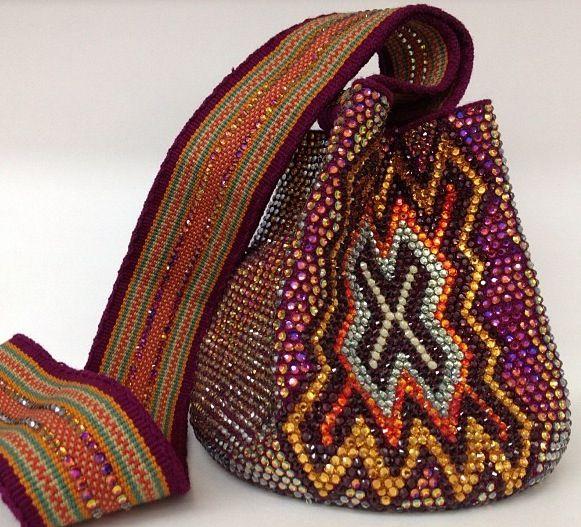Silvia Tcherassi swarovski beaded mochila