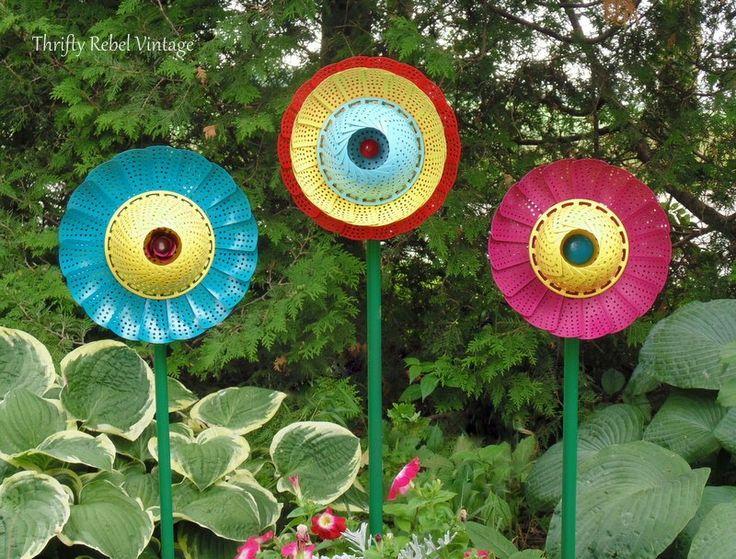 How to Make Repurposed Folding Strainer Garden Flowers
