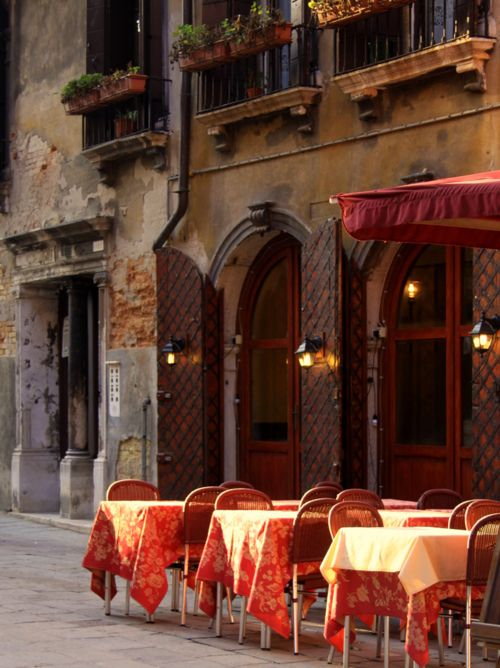 Sidewalk cafe in Rome. I've actually dined at this place. It was