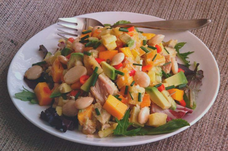 Pineapple and tuna diet to lose weight
