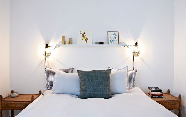 shelf above bed + lamps