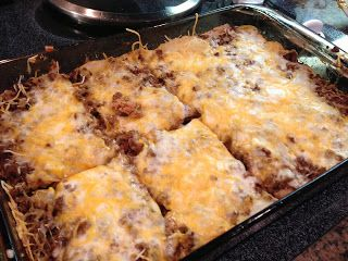 Healthy Recipes: Burrito Bake 1 lb Lean Ground Beef 1 package Taco Seasoning Mix 10 ounce can Fat Free Refried Beans 1 cup Reduced Fat Bisquick 1/4 cup Water 1 cup Shredded, 2% Mexican Cheese (I used WW Brand) 1 cup Shredded, Reduced Fat Mozzarella Cheese