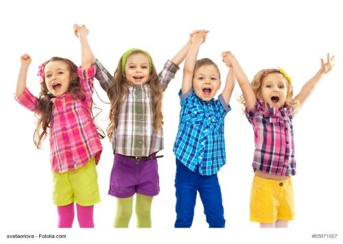 Kinderspiele - Spiele für drinnen: 5 Indoor-Spiele bei Regenwetter