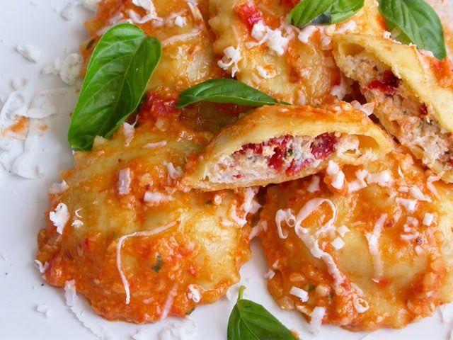 Appunti di cucina di Rimmel: Ravioli al pesto siciliano