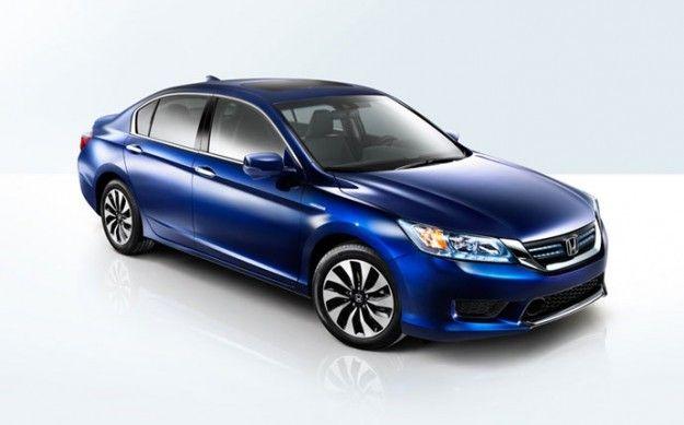2015 Honda Accord Hibrido: Entre piedras y diamantes.