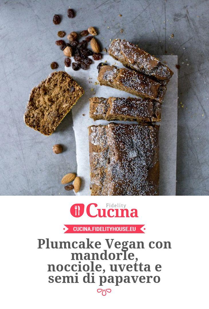 Plumcake Vegan con mandorle, nocciole, uvetta e semi di papavero