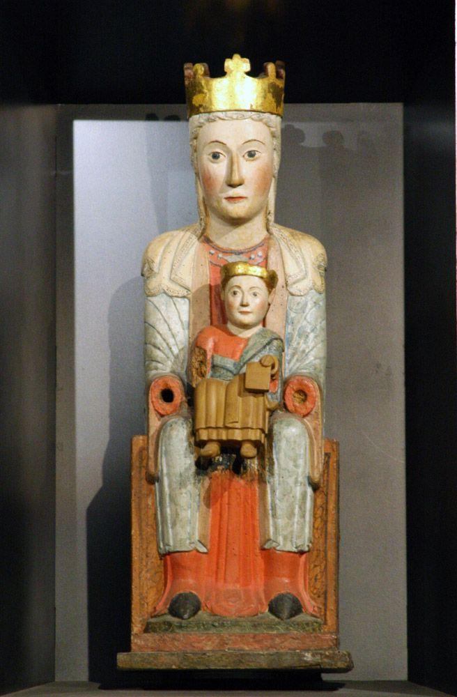 Virgen románica de Zolina, siglo XII. Catedral de Navarra.