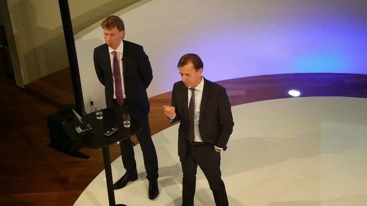 Pressconference March 21th. Full year report Volvo Car Group, on stage Håkan Samuelsson and Hans Oskarsson CFO.