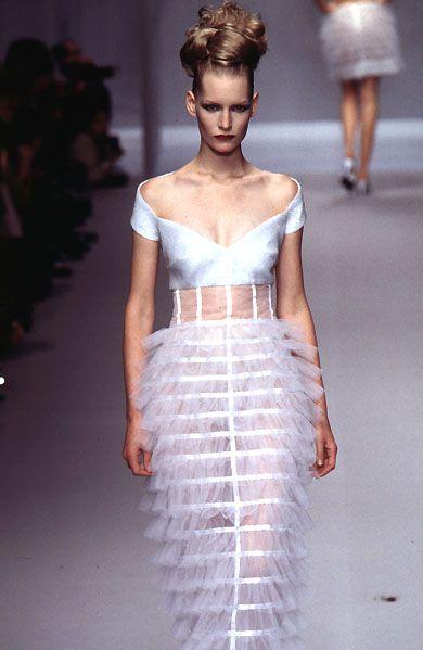 Lagerfeld Gallery: RTW Spring 1996