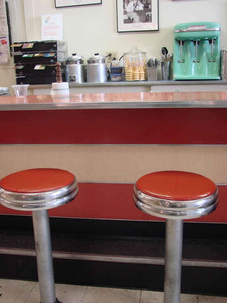 38 best 1950 39 s soda fountain memories images on pinterest for Old fashioned soda fountain near me