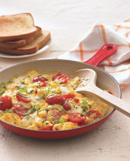 Tomato and Basil Scramble with Fresh Mozzarella Williams-Sonoma