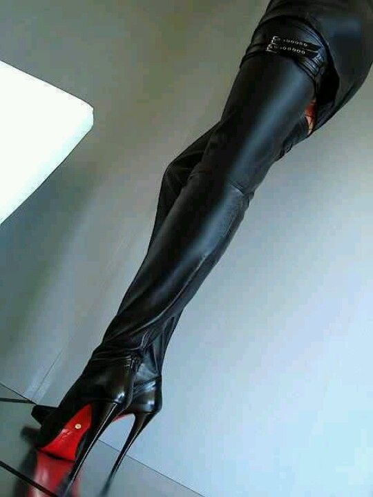 Hot !! Black thigh high boots