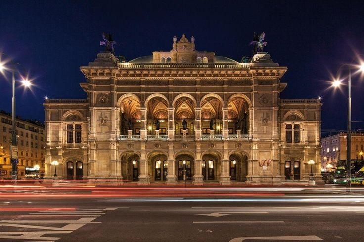 Fiákerrel Bécsen át | Az új generáció - Mighty Buyer