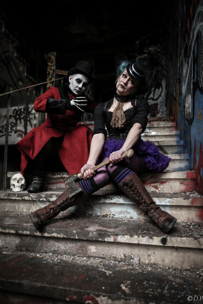 Pahanukke & J. S. Meresmaa (Death), the Horror Circus photo shoot. Photo: Outi Puhakka 2015
