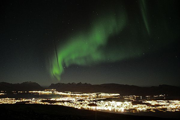 Northern light in Troms, North of Norway by Webbon