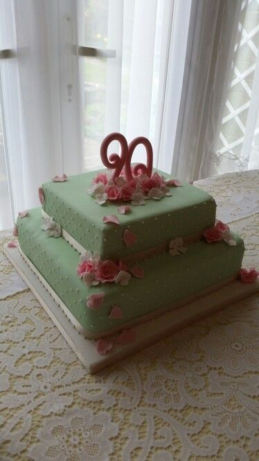 90th birthday cake pale green and pink roses