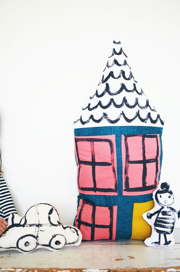 DIY Dollhouse Pillow