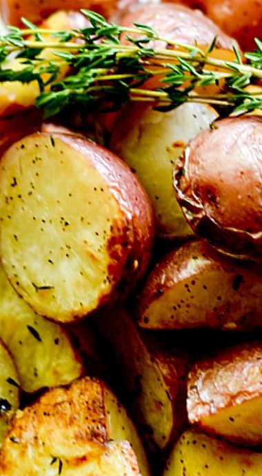 Ina Garten's Garlic Roasted Potatoes ❊
