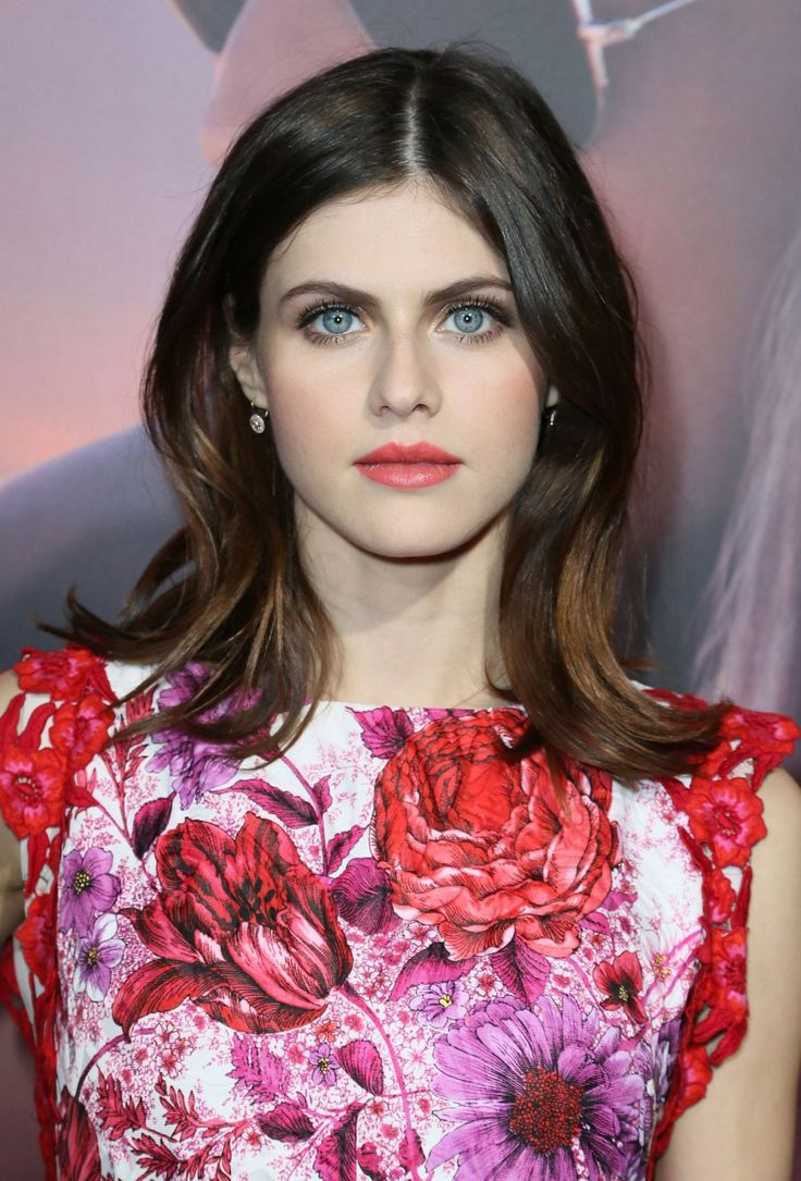 17 Best images about Alexandra Daddario on Pinterest ...