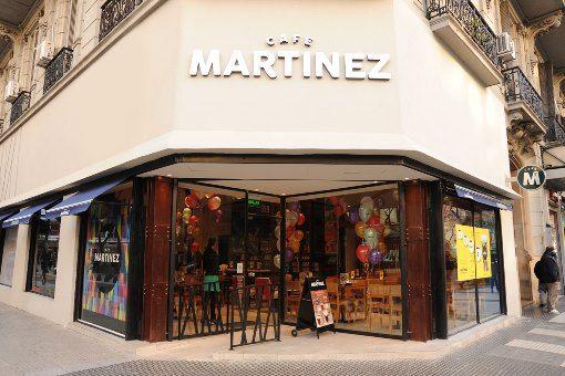 Rebranding & diseño de locales gastronómicos – Café Martinez – Zona IV