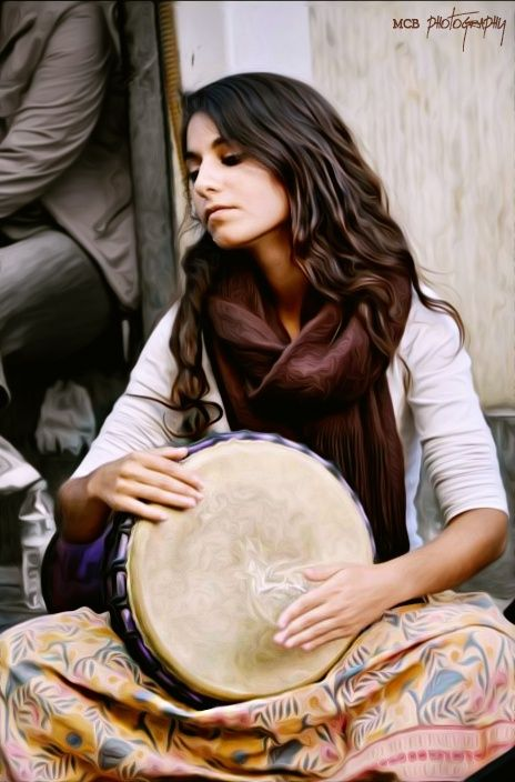 Untitled by Prens Guz on 500px.  Hinech Yafa from the band Light in Babylon playing on the streets of Istanbul.