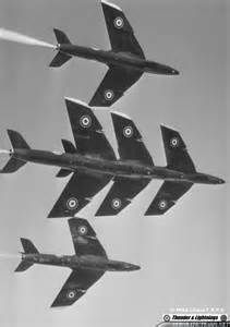 BLACK ARROWS Hawker Hunter Aerobatic Team --- 5-ship formation