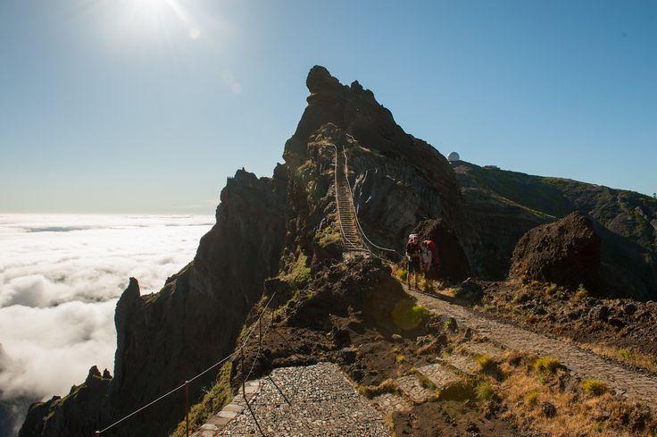 "Looking back. The middle peak is ""Miradouro Ninho da Manta""."
