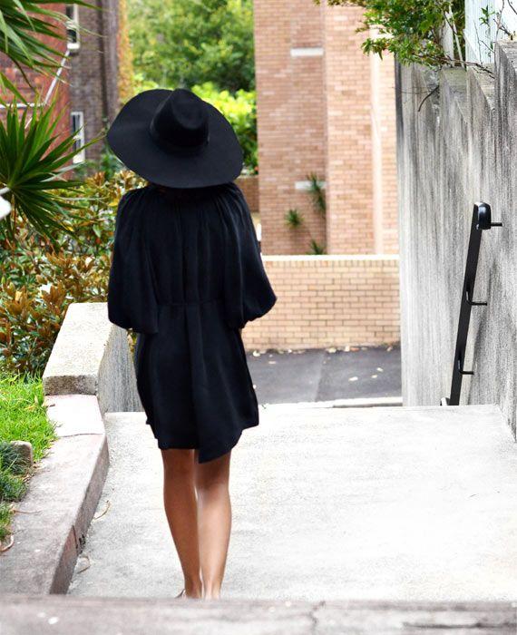 Talisa wearing Gillian Tennant in Vogue Australia http://cdn.vogue.com.au/media/file_uploads/9/0/0/9065-1.jpg