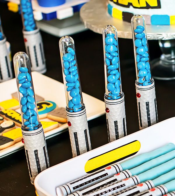 Legos Lightsabers Star Wars Birthday Party {Part 1}