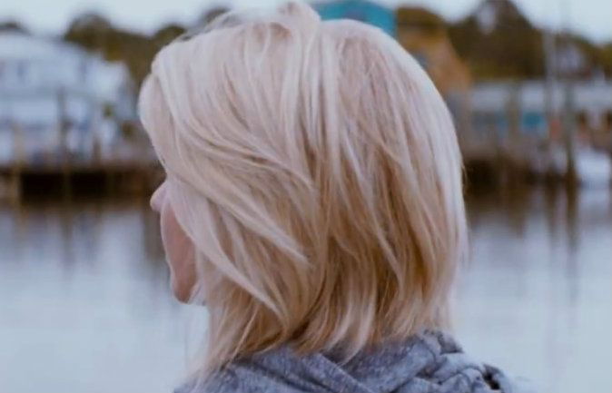 julianne hough safe haven hair. i had this and I screwed it up.