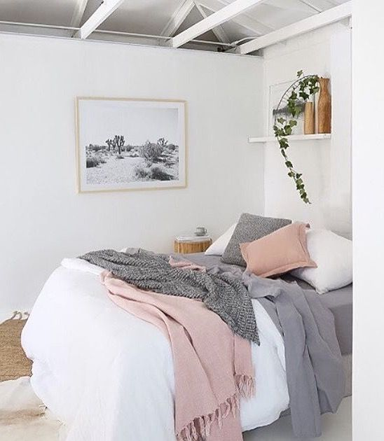 17 Best ideas about Soft Grey Bedroom on Pinterest | Grey ...