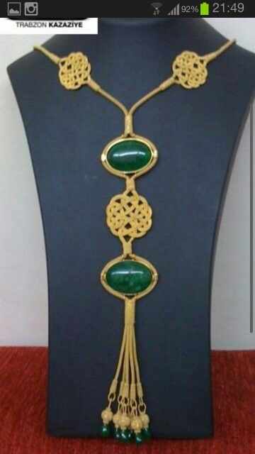 Gold kazaziye necklace from Trabzon