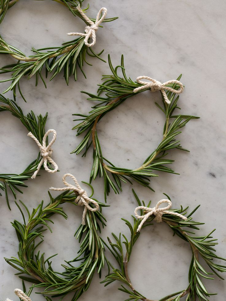 simply tied rosemary wreaths, napkin rings, package decoration……..