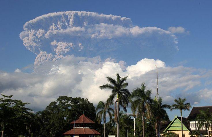 Фото - путешествия по миру: Вулканическая активность в 2014 году