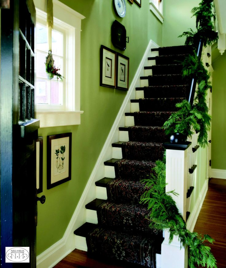 Best Loose And Lazy Twists Of Garland Make A Lovely Natural 400 x 300