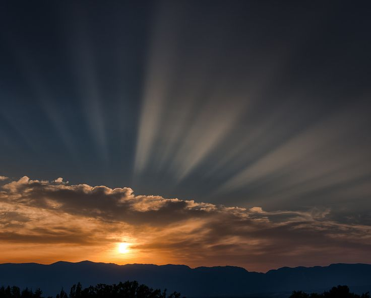 https://flic.kr/p/w51D8o | Summer Rays | Another amazing Swiss summer sunset as the country swelters.  Looks best on black.  Comments as always appreciated, but please no flashy award codes.  www.marshallwardphotography.com