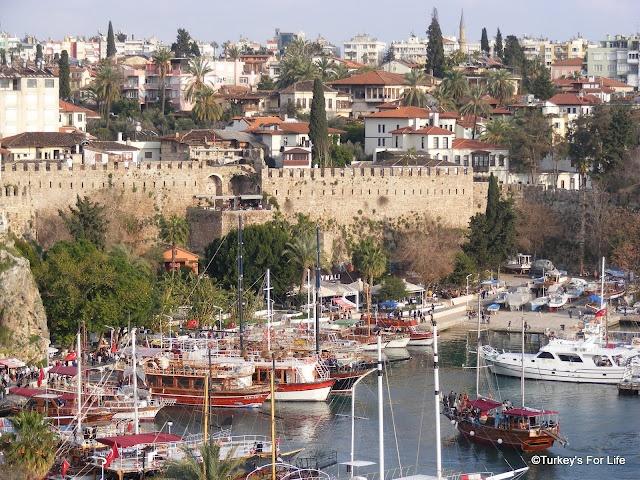 Antalya Harbour & Kaleiçi Turkey - http://turkey.mycityportal.net