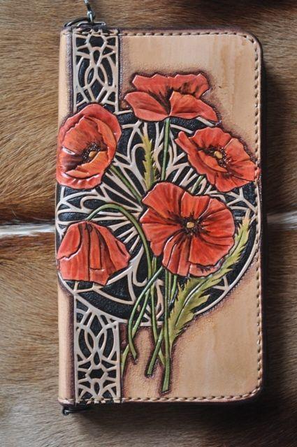 Leather art work Gulya Vorona (Гуля Ворона)